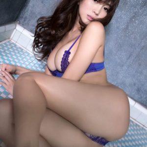 森咲智美の水着画像